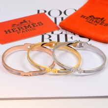 Hermes clasp three dimens